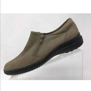 Easy Spirit Women's Tan Suede Leather Slip On Shoe